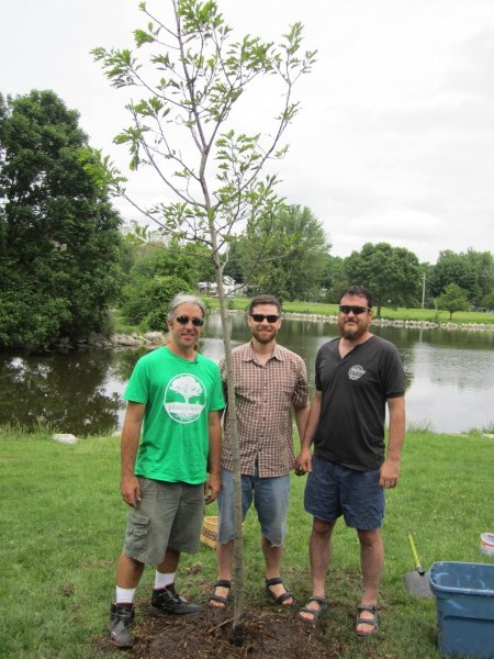 Joe and Friends with Monona Oak